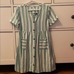 Girls never worn dress size 5T